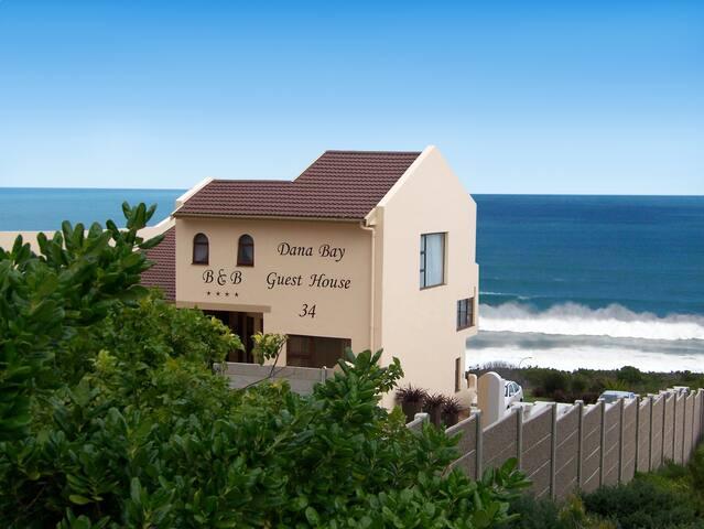 Coastal Bliss Garden Route Lux. Honeymoon Suite