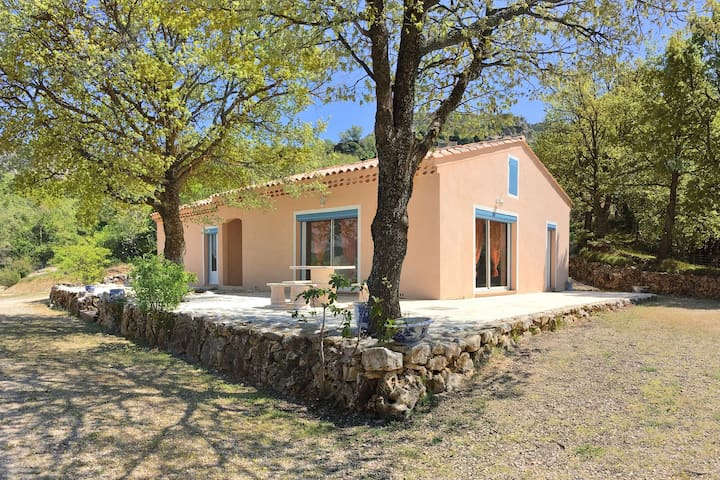 Pastoral Holiday Home with Terrace, Garden, Barbecue, Garage