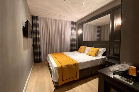 DİSİNFECTED! Lux Hotel Room in Heart of the Taxim