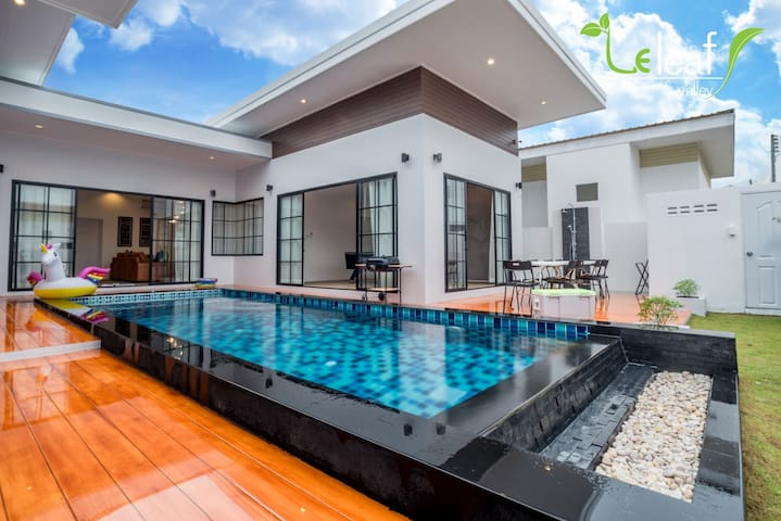 J- Pool Villa Hua Hin