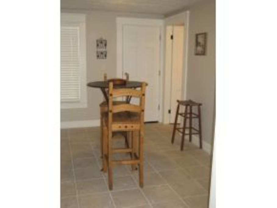 Furnished 1 Bedroom Unit 1 Mo Min Avail Now Apartments For Rent In Manchester New Hampshire