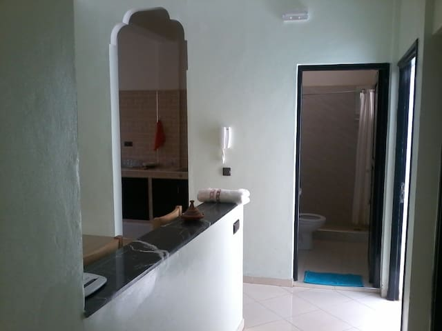 furnished apartment in very good condition for sho