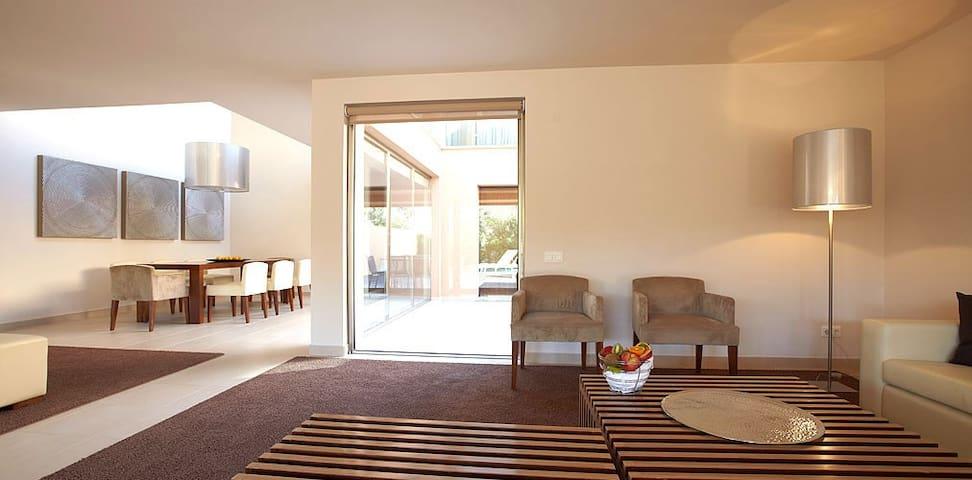 Enner Green Villa, Herdade dos Salgados, Algarve - Guia - Dům