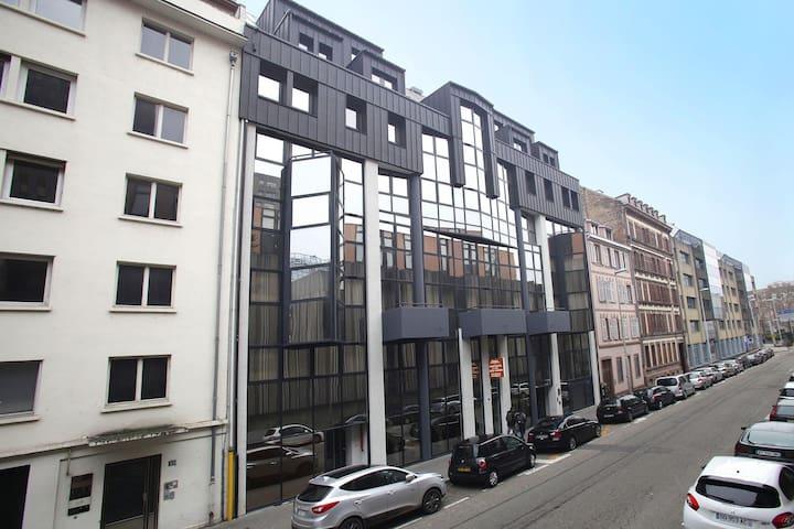 location-strasbourg-appart-hot
