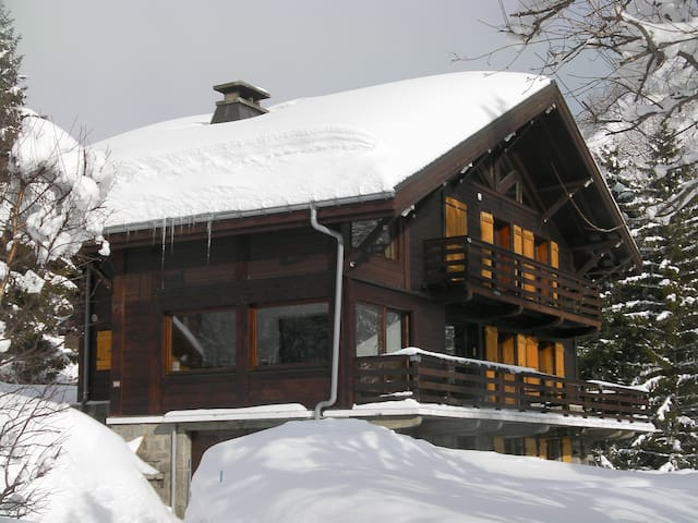 Large chalet Chamonix with hot tub - Chamonix-Mont-Blanc - House