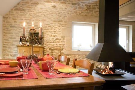 Grande maison de charme prox Beaune - Levernois