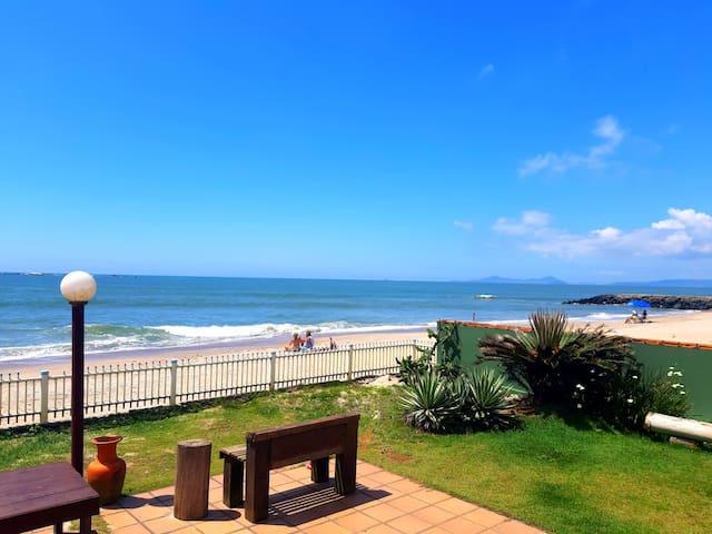 Casa Beira-Mar! Entre o Mar e a Lagoa
