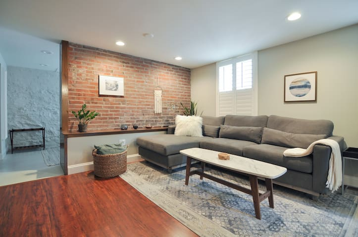 Garden Apartment in the Heart of the CWE