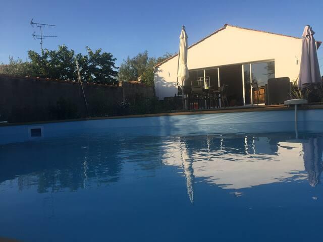 Maison Longère Vendéene 160 M² avec piscine