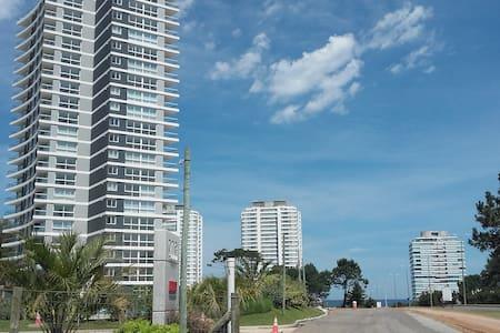 Apartamento a 200m del mar - Punta del Este