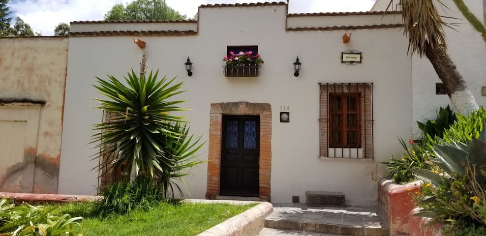 Casa Alameda 1 Tranquilidad para Parejas