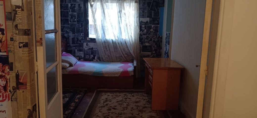 Females: Anthropologist home @the heart of Cairo