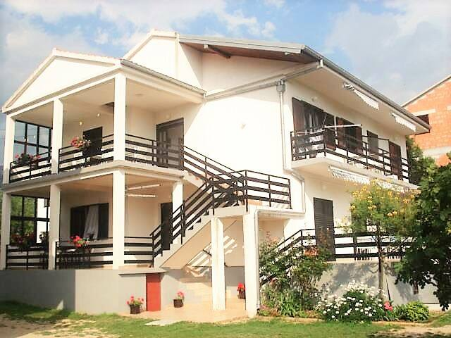 Apartmani Jurlina - Seline - Casa