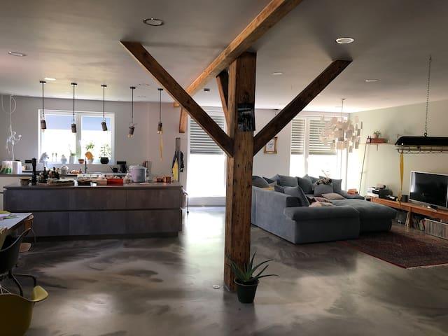 120qm Designer Loft mit toller Küche