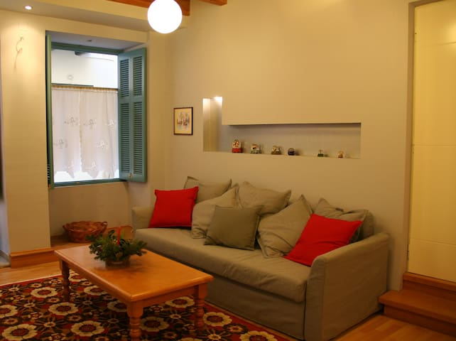 Cheap and chic studio - Nafplion - Apartamento