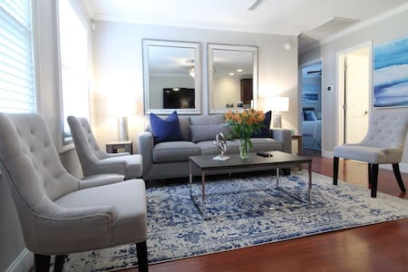 Beach+Downtown ★Walkable Old Village Luxury Style2
