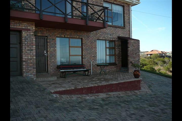 Emily's Self Catering Apartment - Mossel Bay - Apartamento