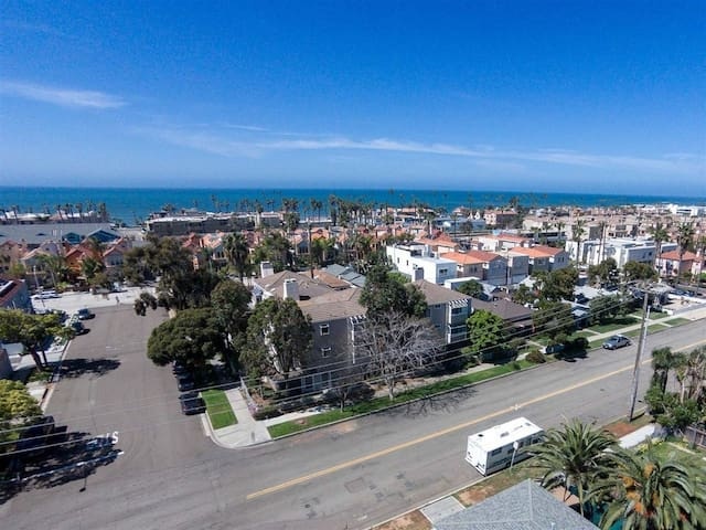 3 BDRM Oceanside Beach Condo