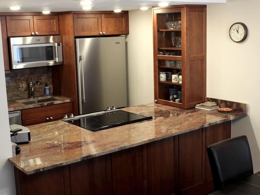 Fully Equipped Kitchen -   VAILBUTLER