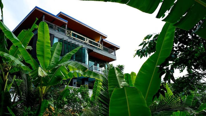 Green Villa With Infinity Swimming pool