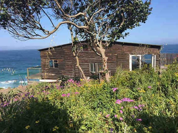 Smitswinkel Bay Rustic Beach Cottage at Cape Point