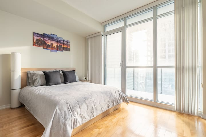 Beautiful Studio in the Heart of the City
