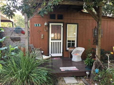 The Cajun Cabin Guest Cottage