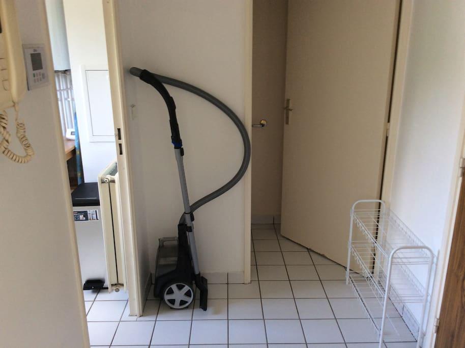 Hall d'entrée  et toilette