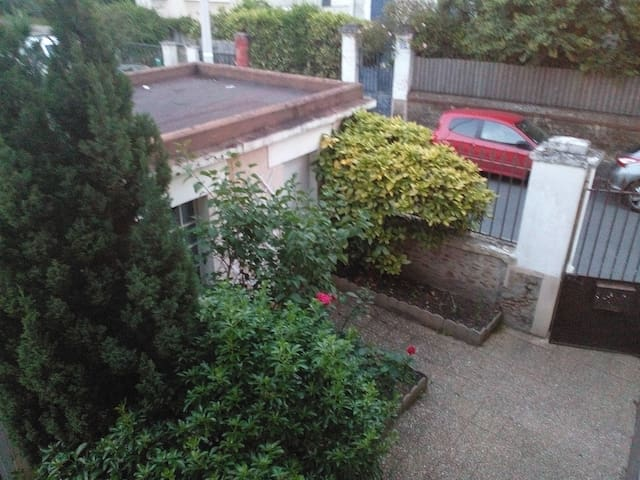 Appartement calme en plein centre ville - Meudon - Appartamento