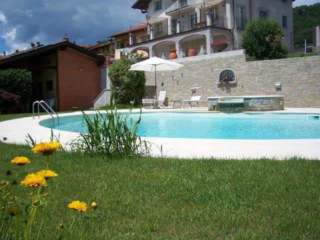 La Volpe e L'Uva Holiday House - Piverone - Apartment