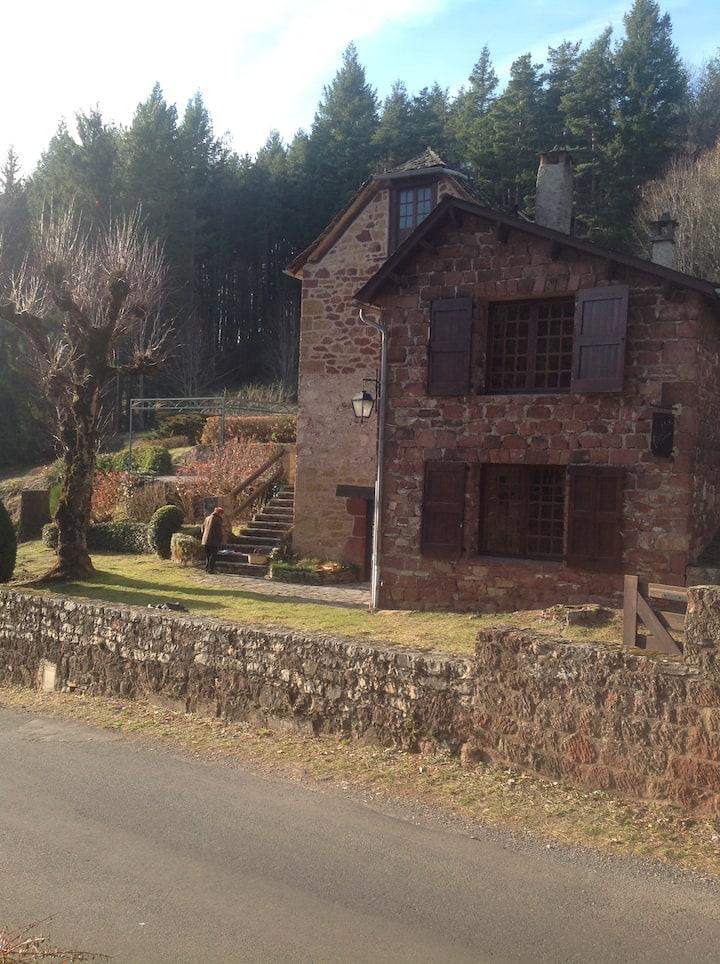 Maison sur les hauteurs de la Canourgue