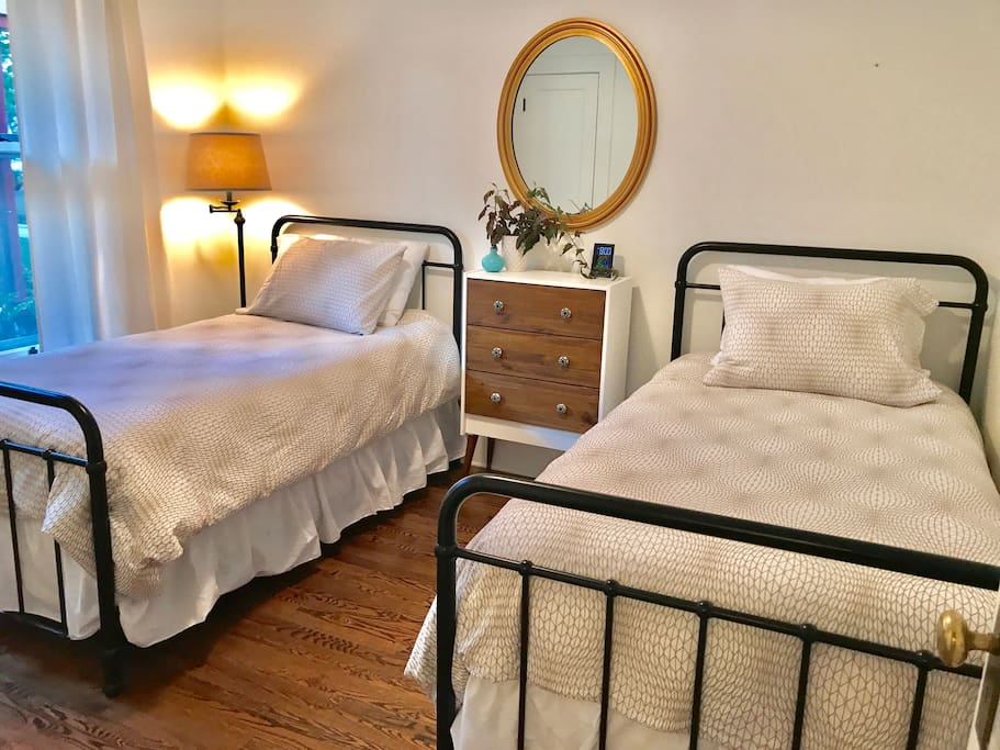 Two twin beds can accommodate into King size bed