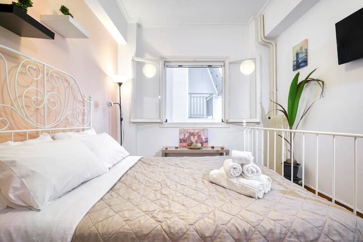 Charming petit apartment few steps to Acropolis