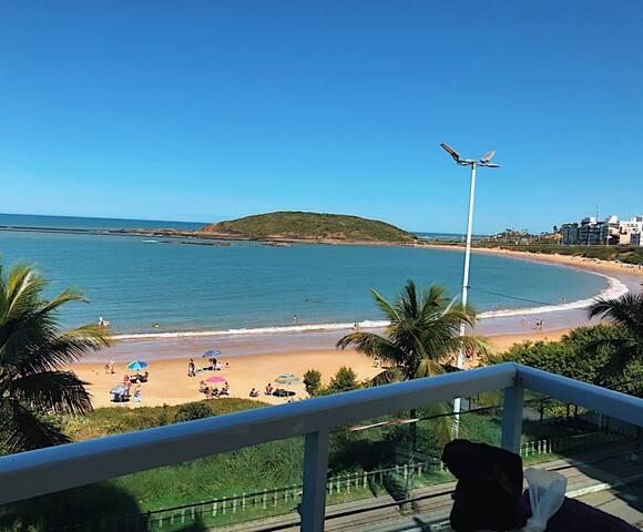 Apto em Guarapari - de frente p/ Praia Peracanga