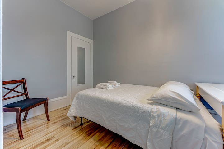 3rd charming bedroom