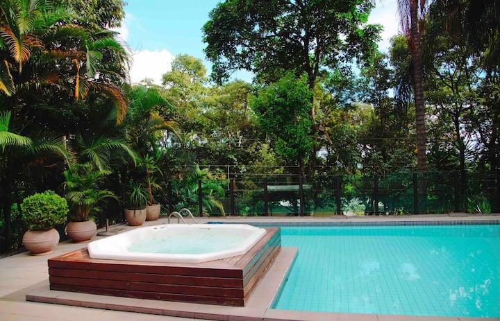 Casa 6 QTS | Conforto e Natureza | Condomínio Luxo