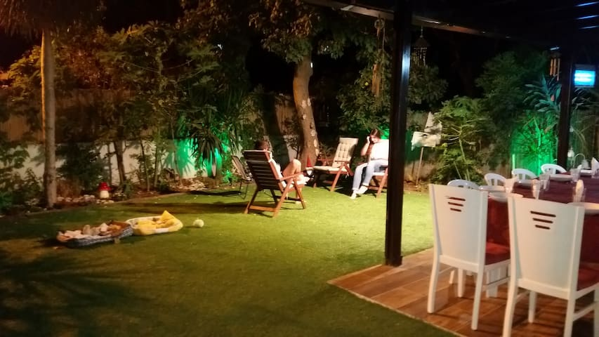 Home with a garden - Kiryat Ono - Huis
