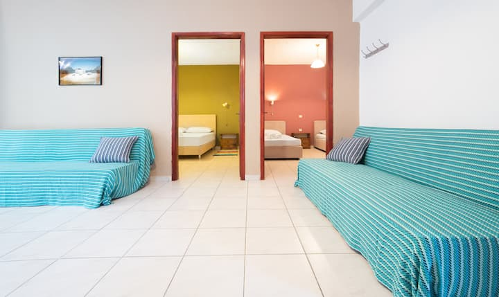 Spacious Apartment 3 minutes from the sea,