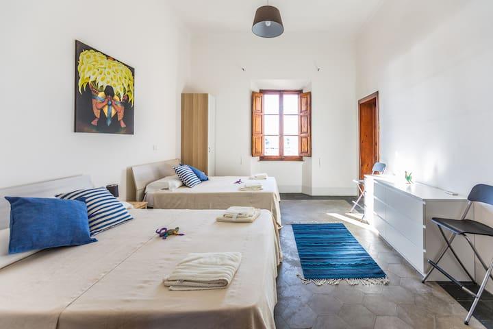 La Siesta B&B-Habitación Alcatraces - La Maddalena - Bed & Breakfast