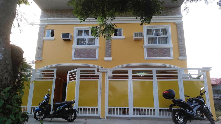 Budget  Transient House within  Vigan City (MJ3)