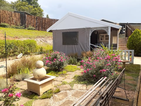 Comfy & quirky self catering unit