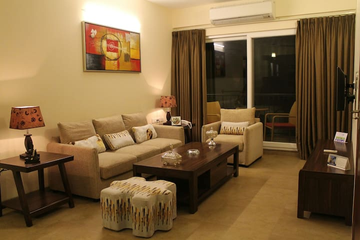 Premium Serviced Apartment 2-bedroom - Calangute - Byt