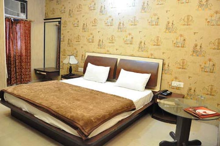 Mukut Mahal Banquette Private Limited Super Deluxe Room