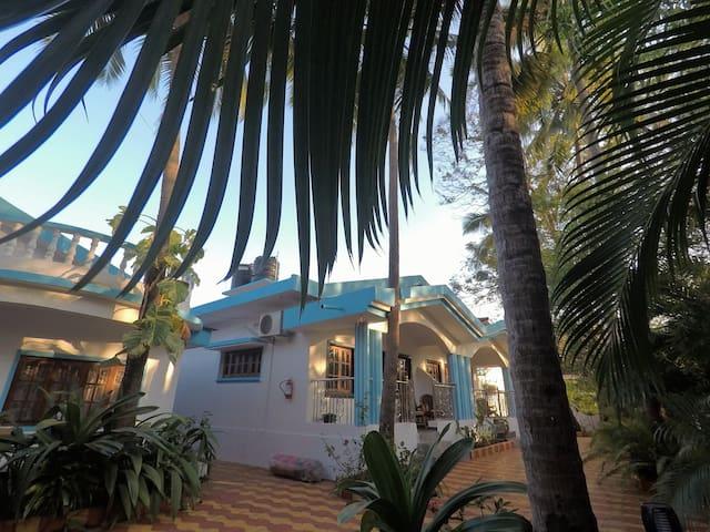 Birdsong, Anjuna- Studio XL-1 Garden View