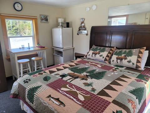 Moose Place - Ladd Pond Cabins and Campground, LLC