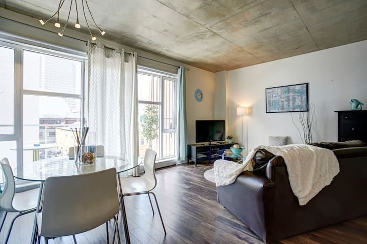 Appartement au cœur de Montréal, district des Arts
