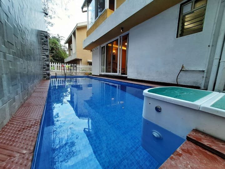 Luxury river view 5bhk private pool villa in Baga