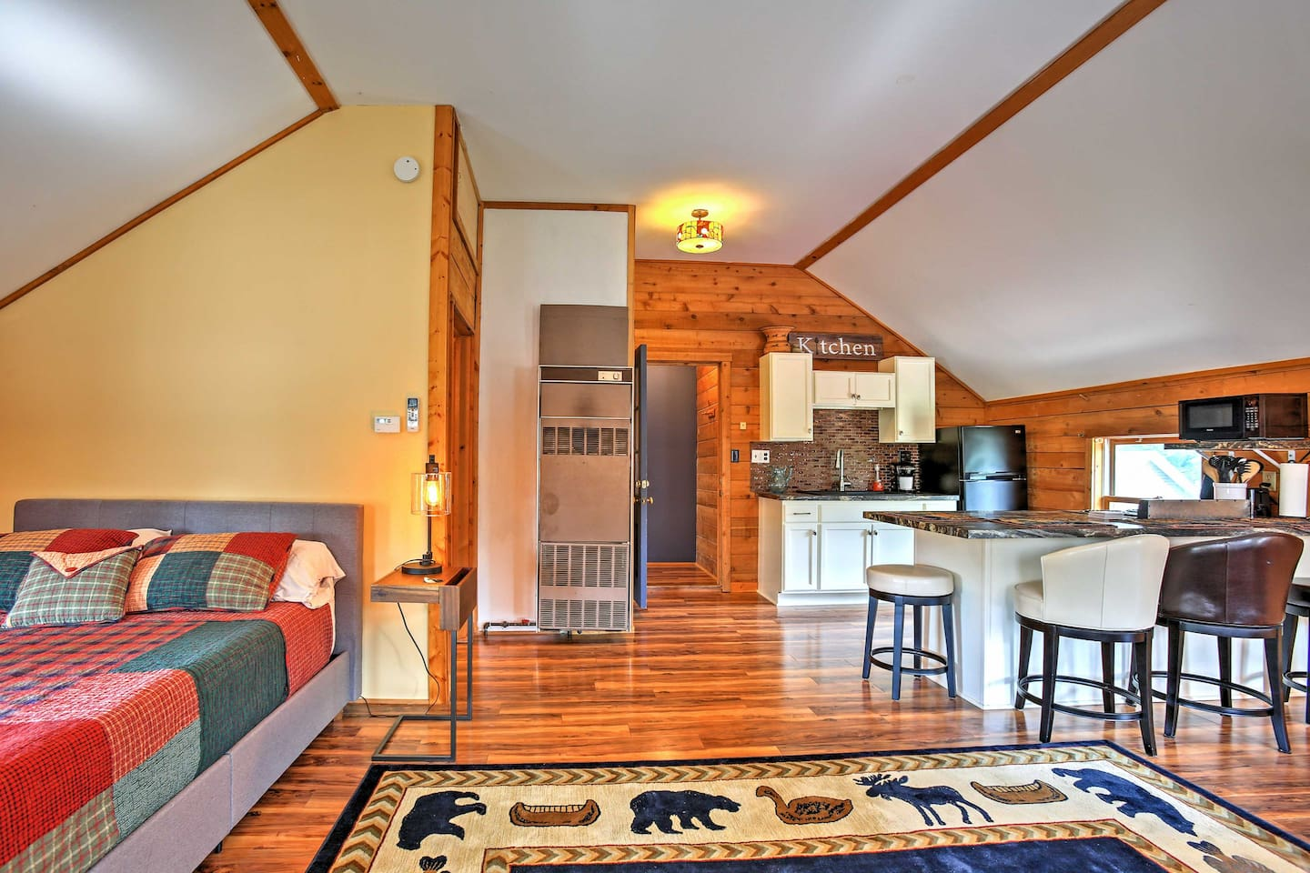 This studio offers comfortable accommodations for 2 guests to enjoy.