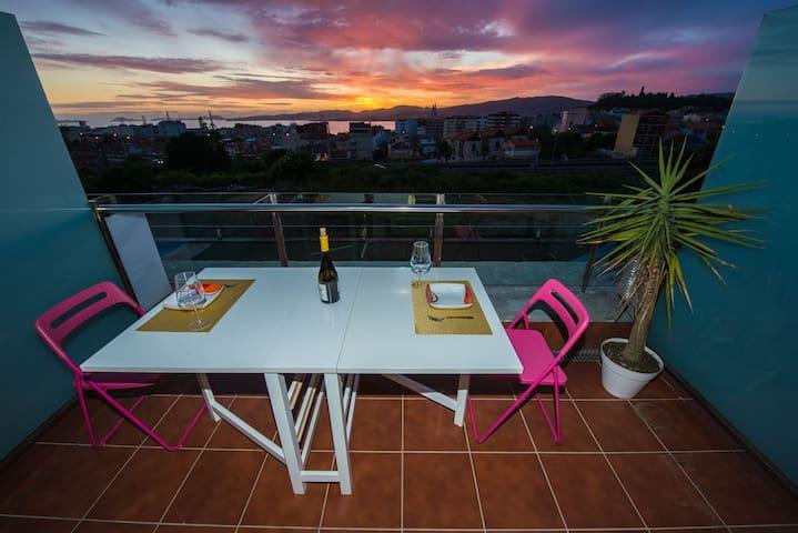 Apartment views Cies Islands and pool