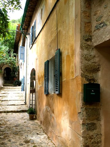 Traditional, charming village house - Deià - Ev